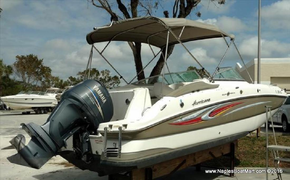 2010 Hurricane 2400 OB Naples FL