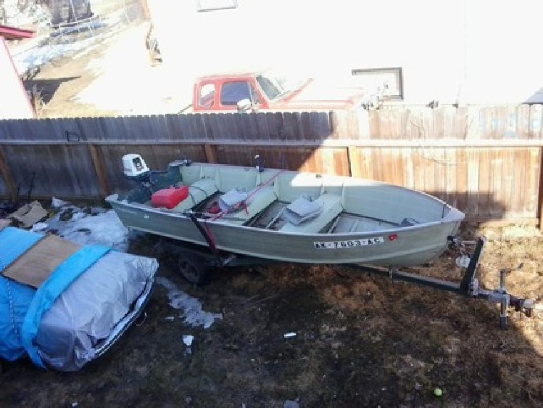 $2,800 OBO boat