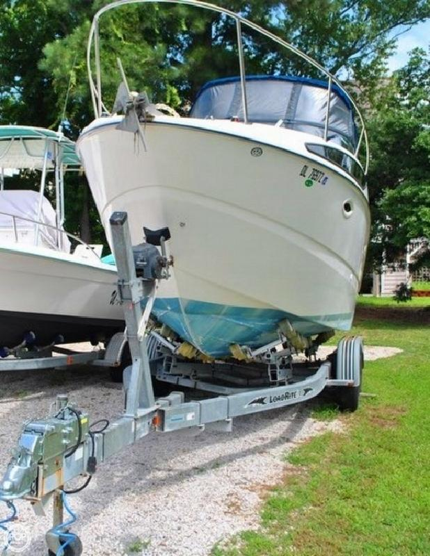 2005 Bayliner 265 Cruiser Ocean View DE