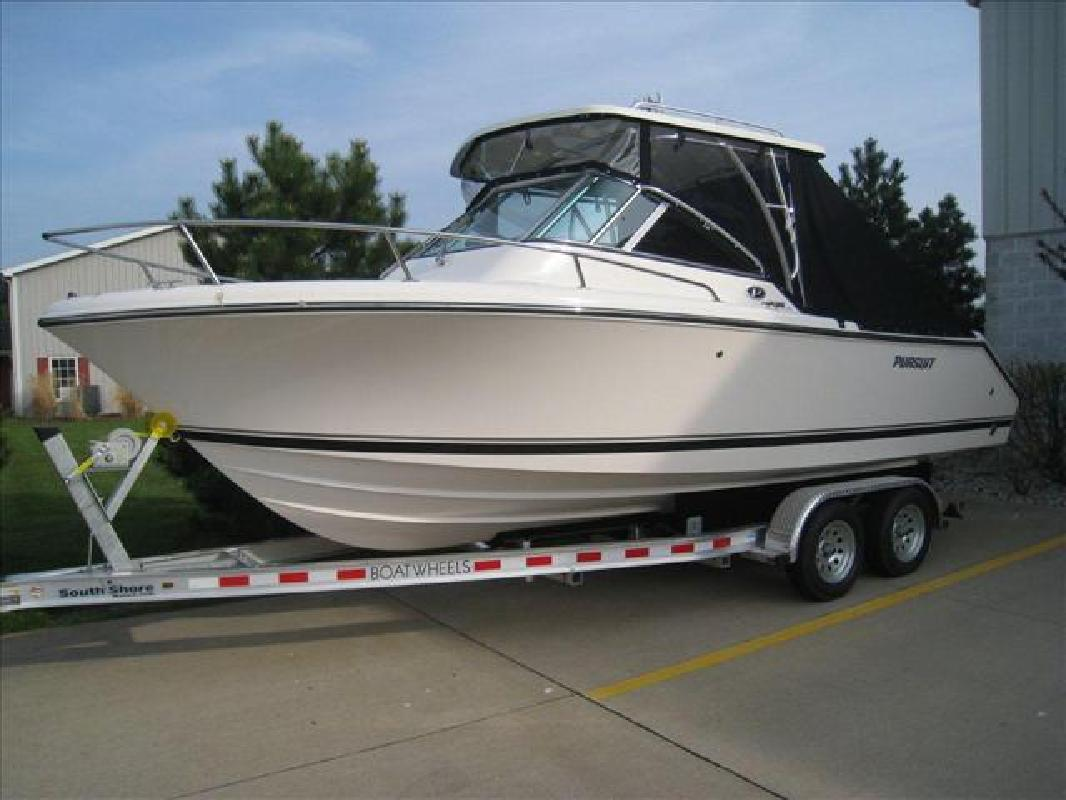 2011 22' Pursuit Boats Offshore OS 235 in Huron, Ohio