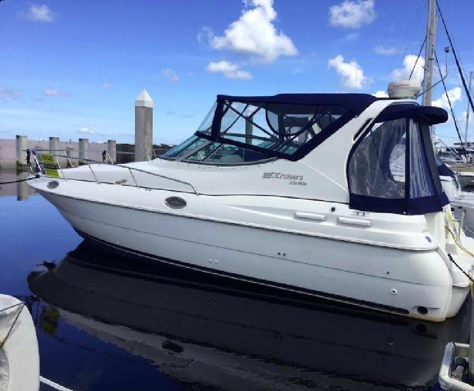 1997 Cruisers Yachts 3075 Rogue Perrysburg OH in New Port Richey, FL