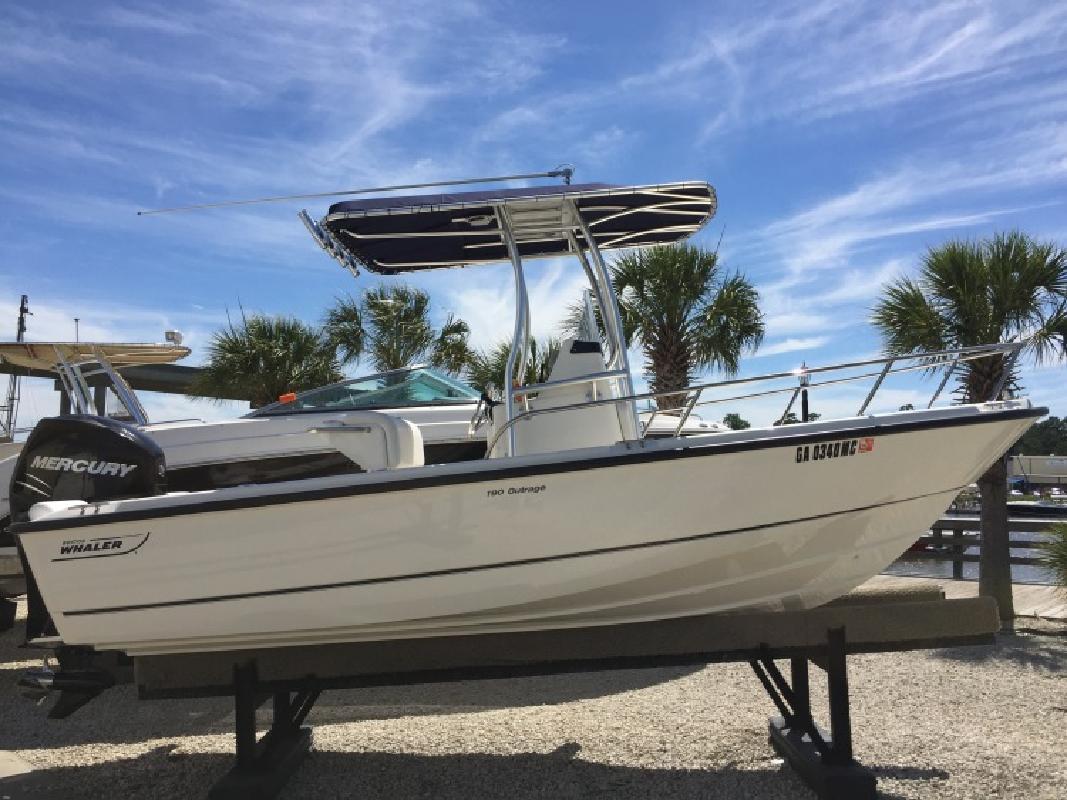 2016 Boston Whaler 190 Outrage in Savannah, GA