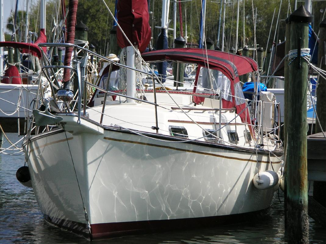 1988 27' ISLAND PACKET YACHTS Sloop in Palmetto, Florida