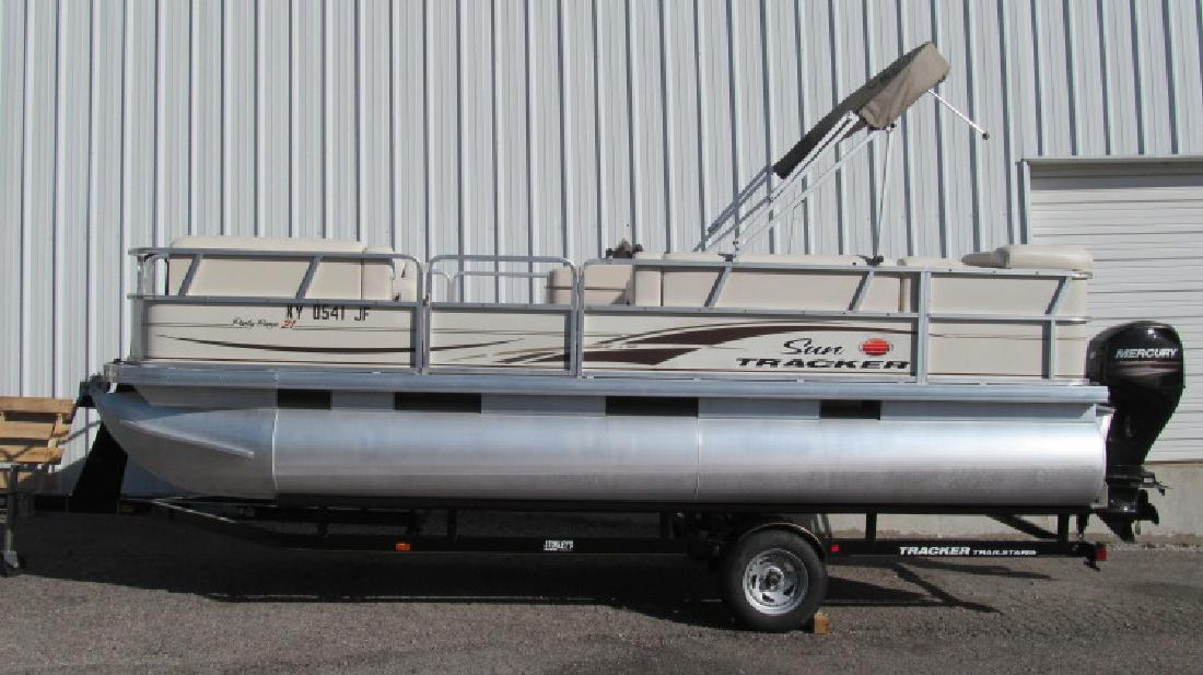 2006 Sun Tracker 21 Party Barge Nicholasville KY