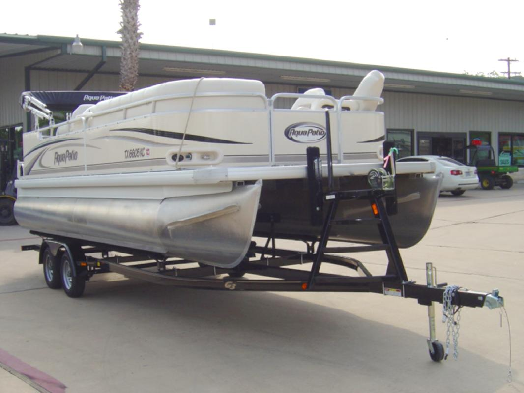 2005 22' AQUA PATIO 220RE