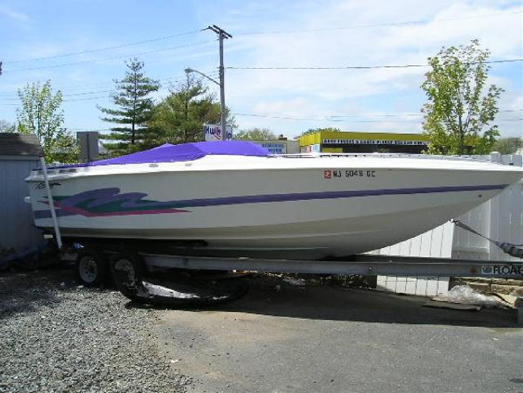 1996 24' Baja Performance Boats Outlaw