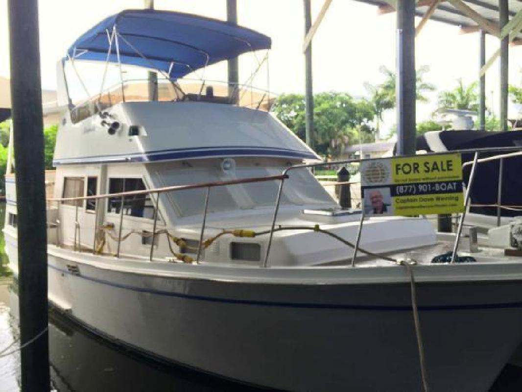 1984 Marine Trader LaBelle 40 Sundeck Motor Yacht Perrysburg OH in New Port Richey, FL