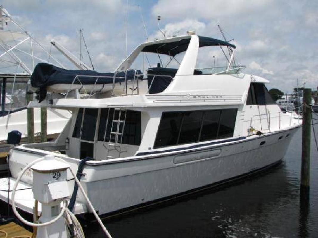 2000 47' Bayliner 4788 Pilot House Motoryacht. Contact the seller