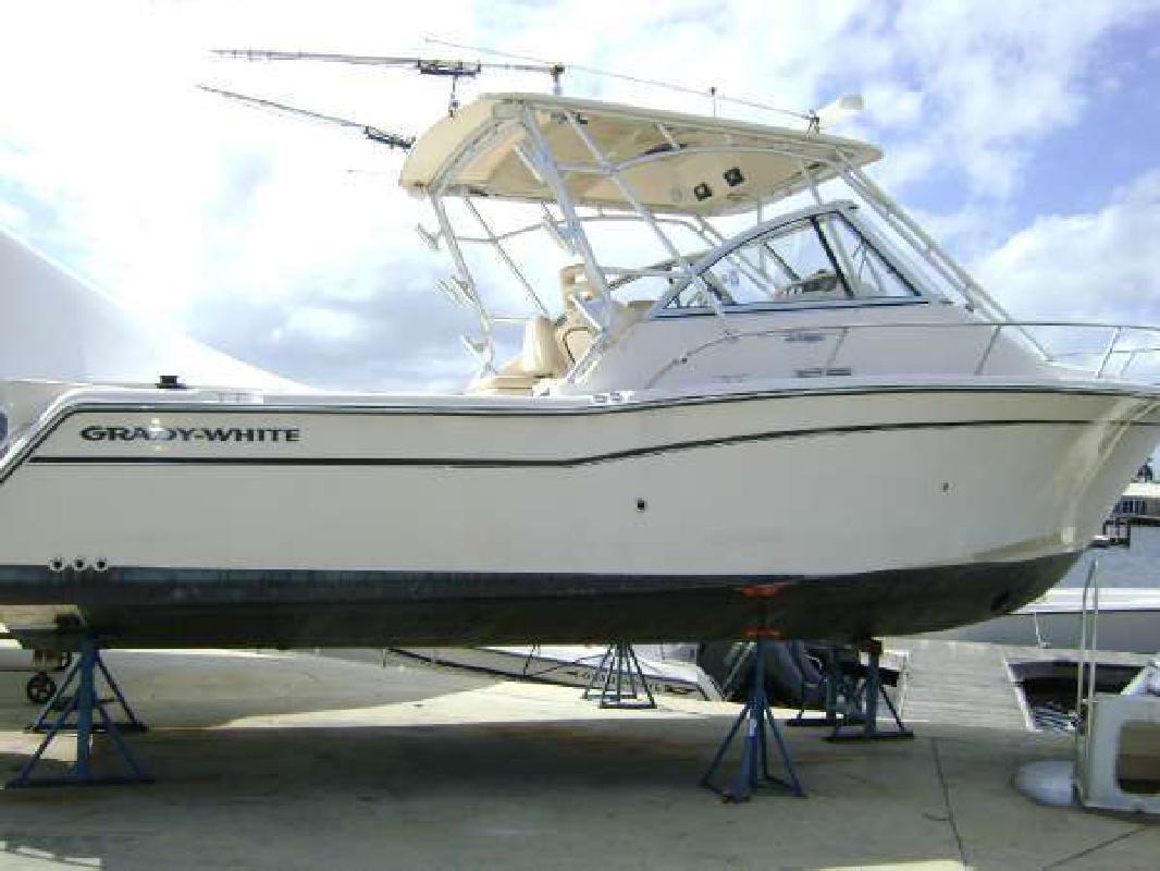 2007 GRADY-WHITE Express 305 Pompano Beach FL