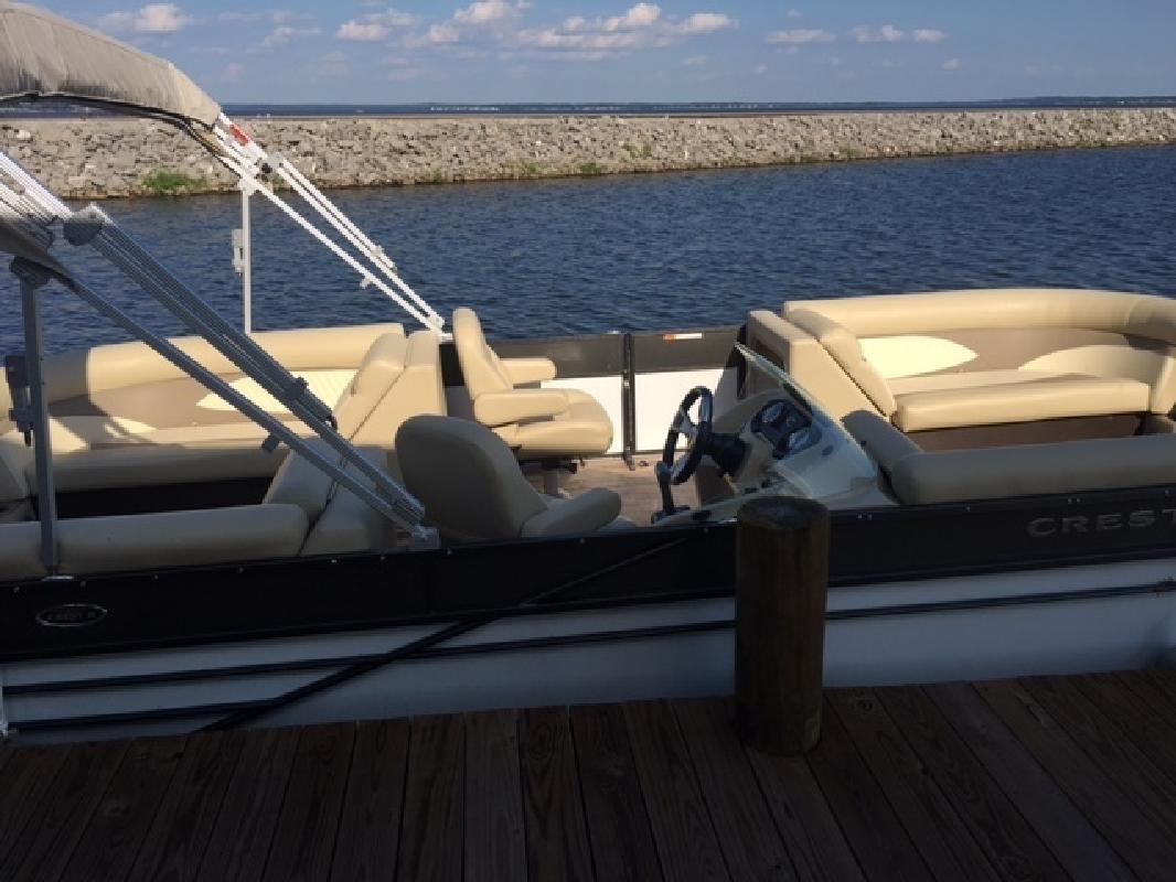 2016 - Crest II 230 SLC Pontoon Boats in Ridgeland, MS