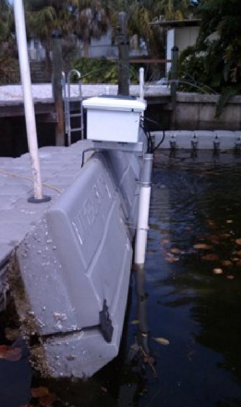 $4,000 Sunstream Float 8000 pound boat lift