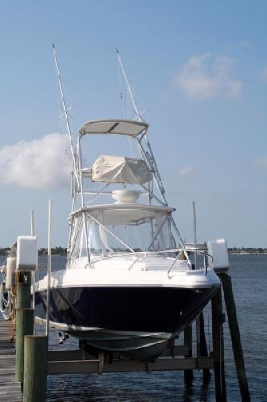 1996 33' Intrepid Power Boats 339