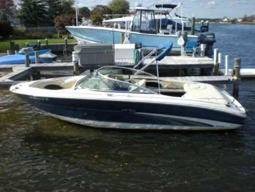 $18,500 2001 Sea Ray (2008 Power! Only 60 Hours!)