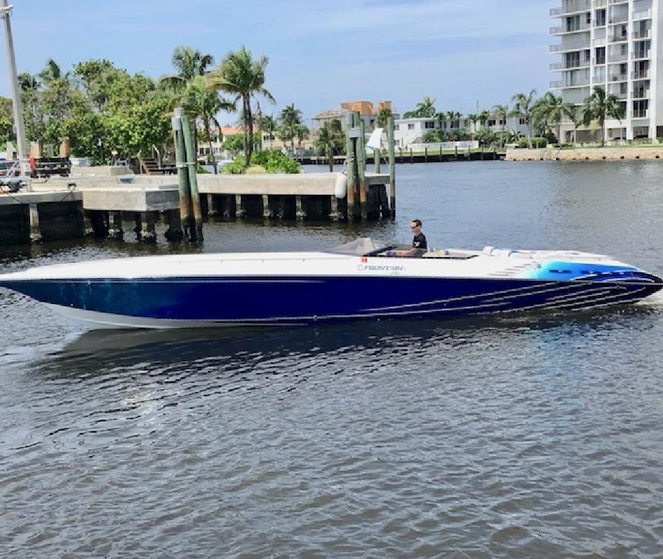 2005 Fountain Powerboats FL
