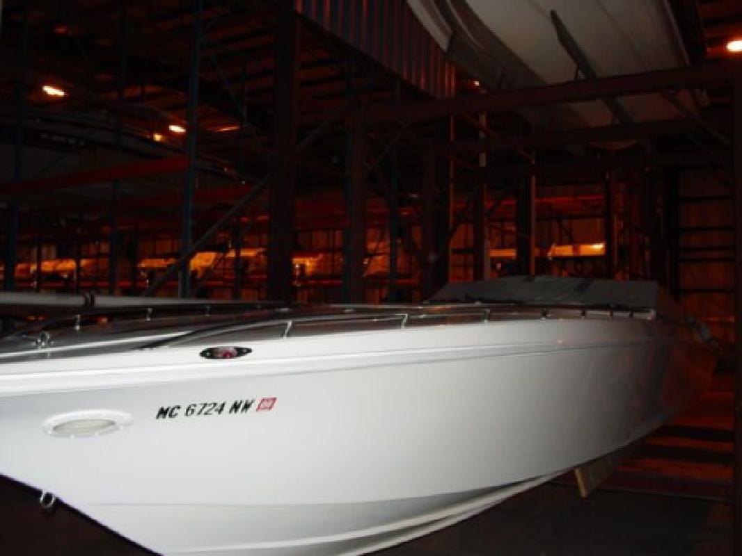 1998 42' Fountain Powerboats Inc. Lighting