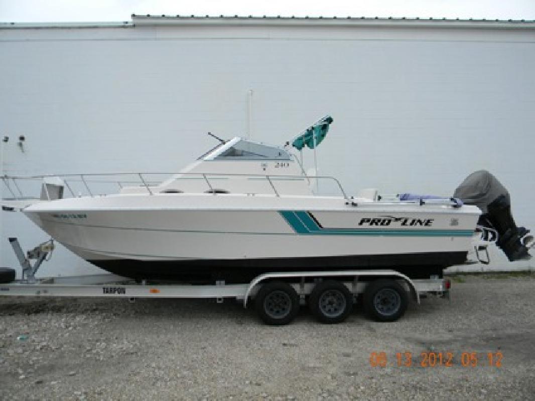 $14,995 OBO 1993 Pro-Line 240