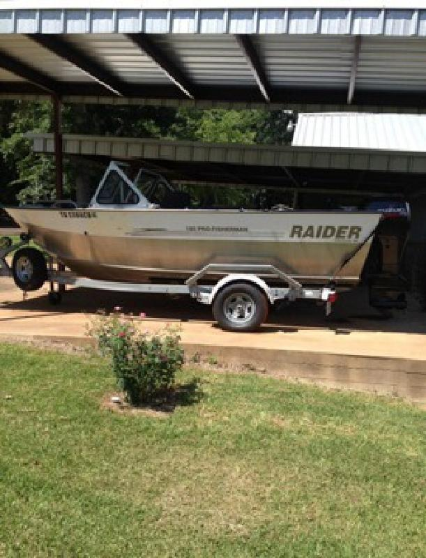 Raider new and used boats for sale for Used fishing boats for sale in iowa