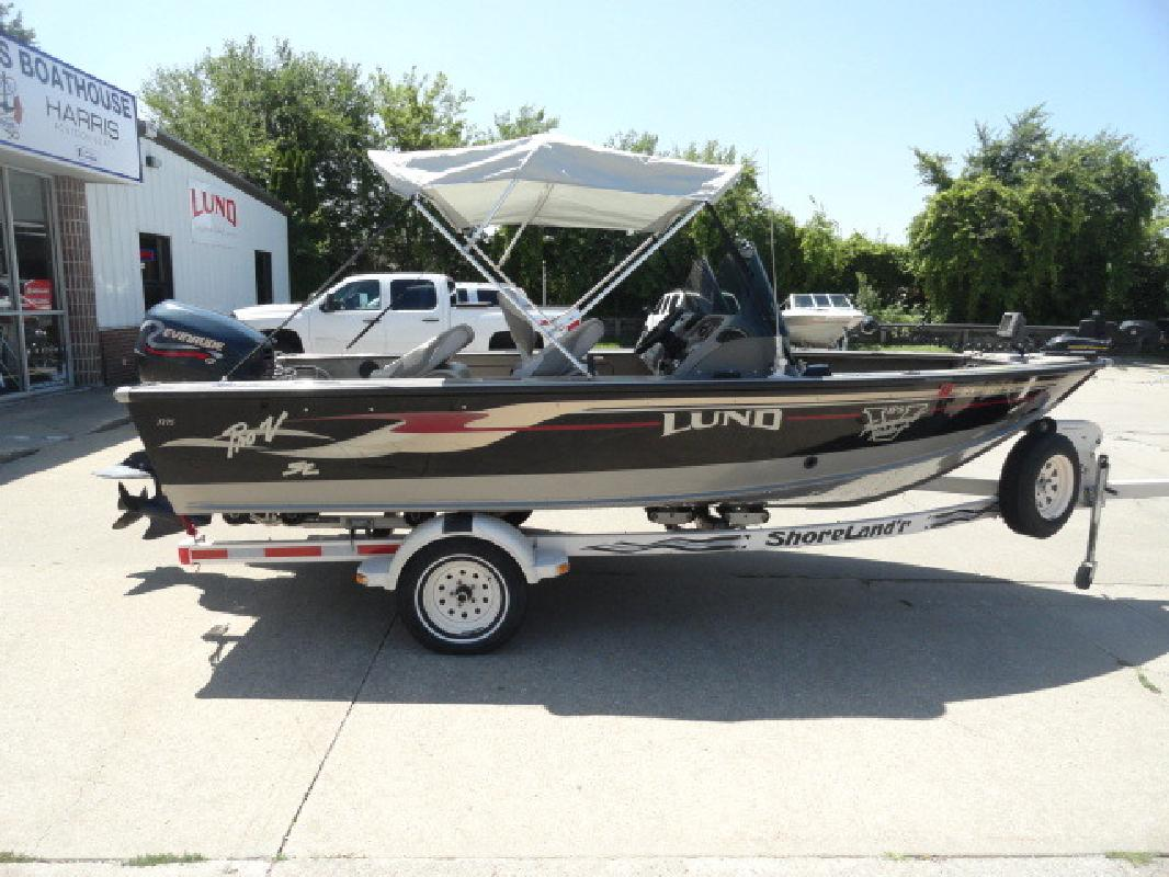 Lund new and used boats for sale in iowa for Fishing boats for sale in iowa
