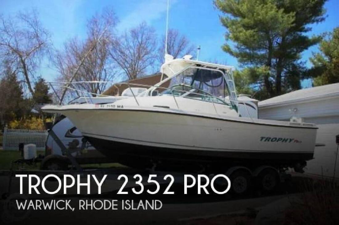 2004 Trophy Boats 2352 Pro Warwick RI