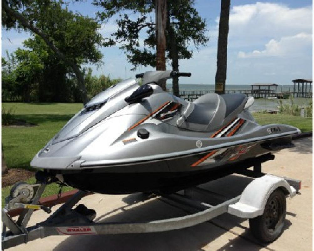 $1,500 2011 Yamaha VXR PWC yyy777 for sale in Lincoln