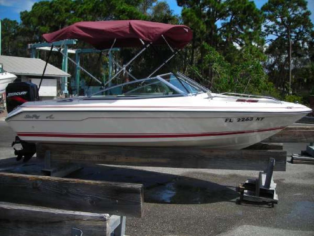 1989 16' Sea Ray 160 Bowrider