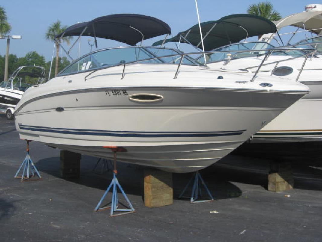 Ray Weekender on Sea Ray 225 Weekender