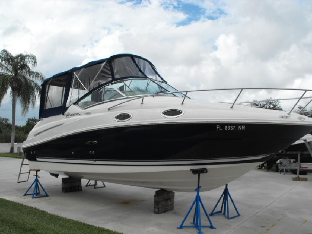 2008 24' Sea Ray 240 SUNDANCER
