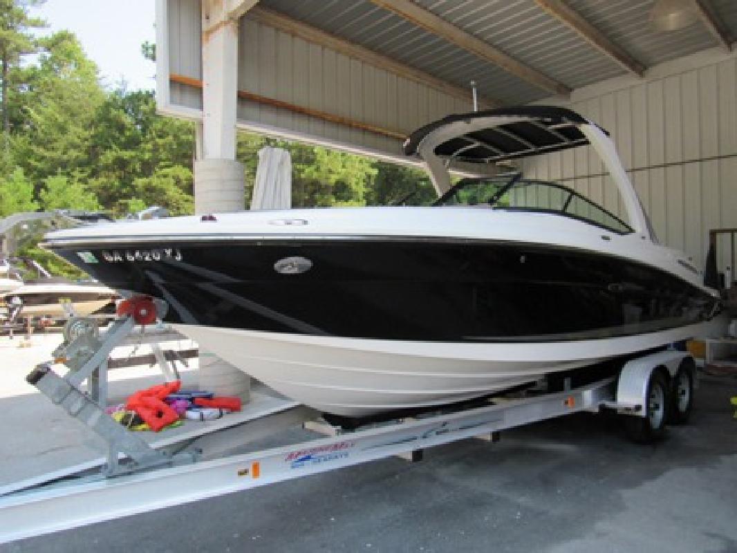 $59,995 OBO 2011 Sea Ray 250SLX Bowrider