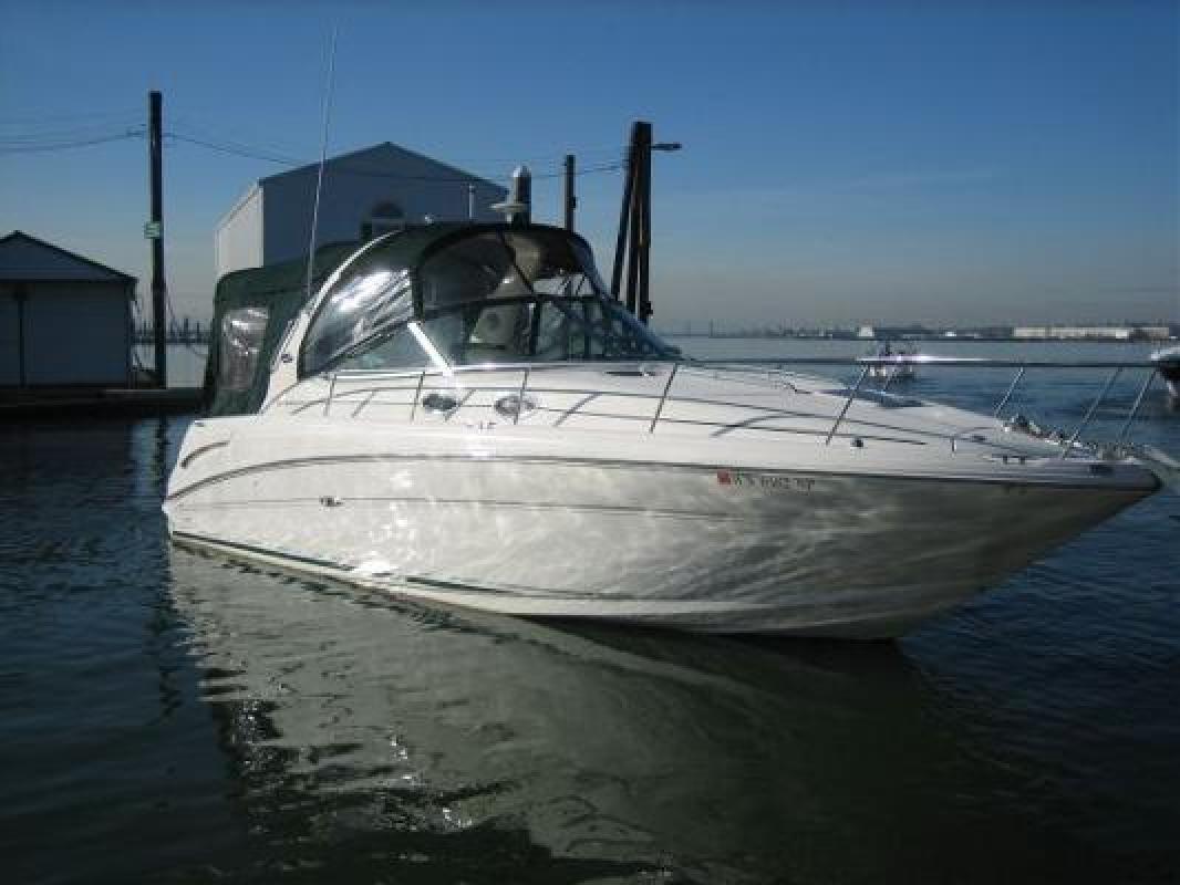 2004 30' Sea Ray 300 Sundancer