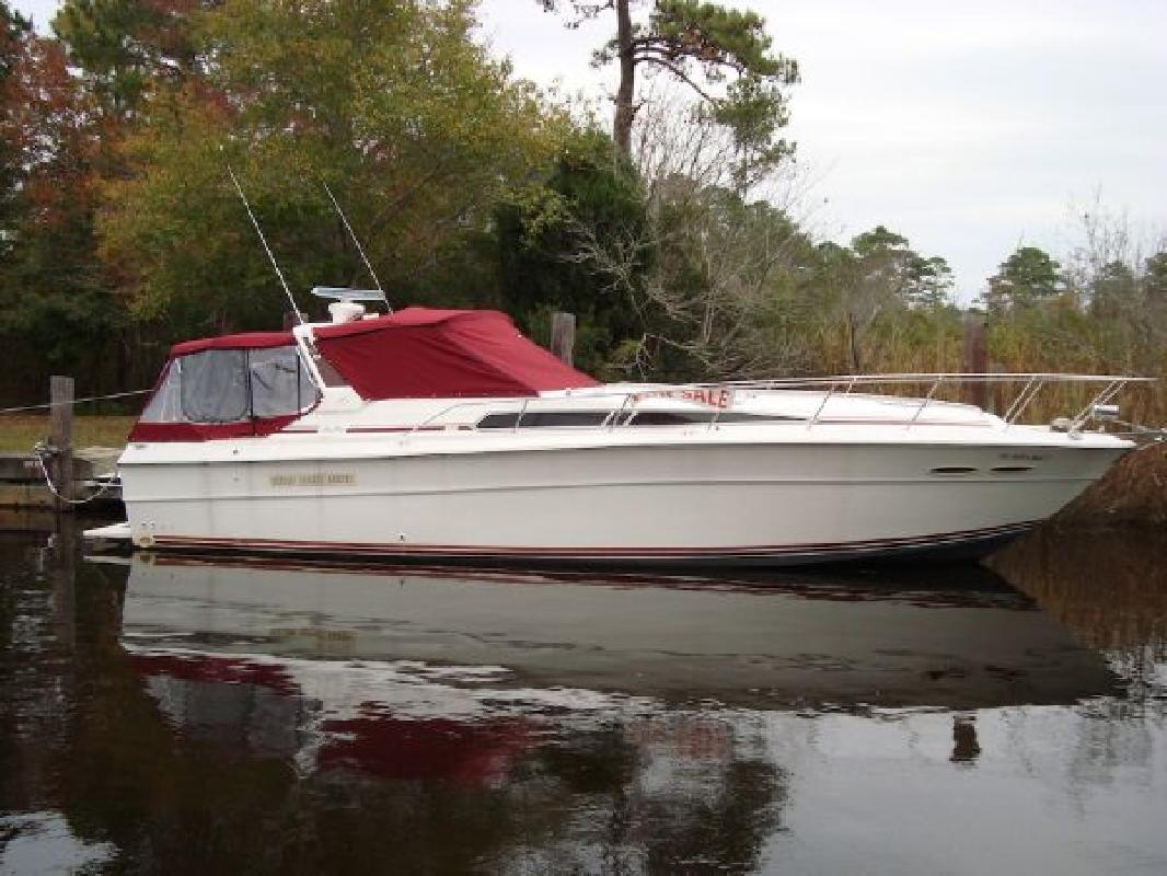 1990 39' Sea Ray Express Cruiser