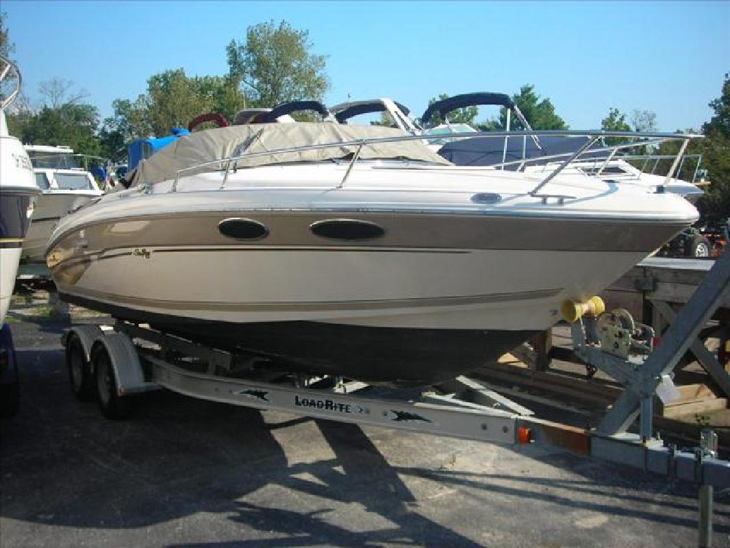 1999 23' Sea Ray Overnighter 230 for sale in Cincinnati