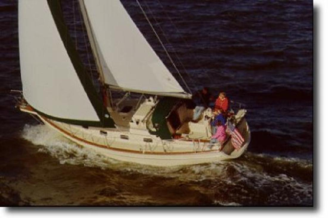 1999 Island Packet 320 Warwick RI in Westbrook, CT