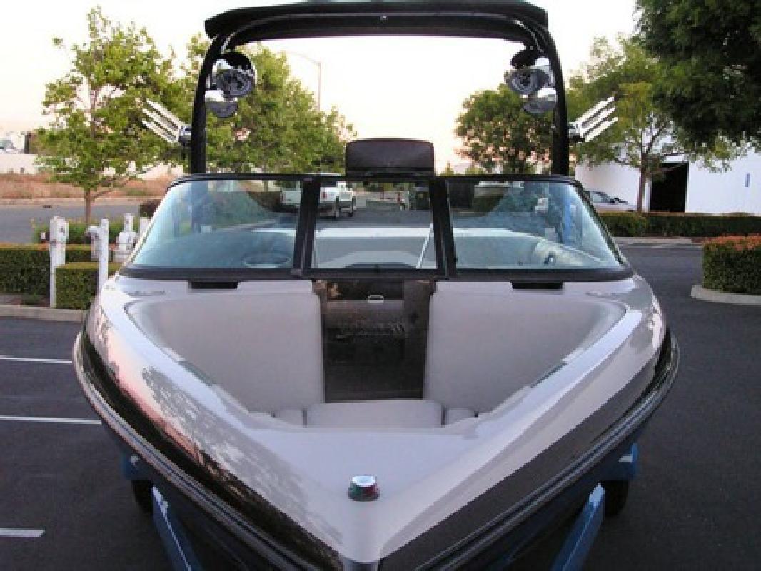 $3,900 2007 MALIBU V Ride Wakeboard boat