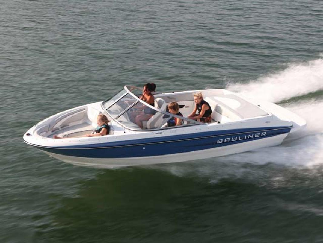 2011 19' Bayliner Runabout 195