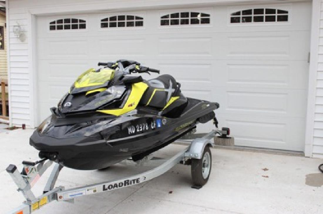 $3,000 2012 Seadoo RXP-X 260