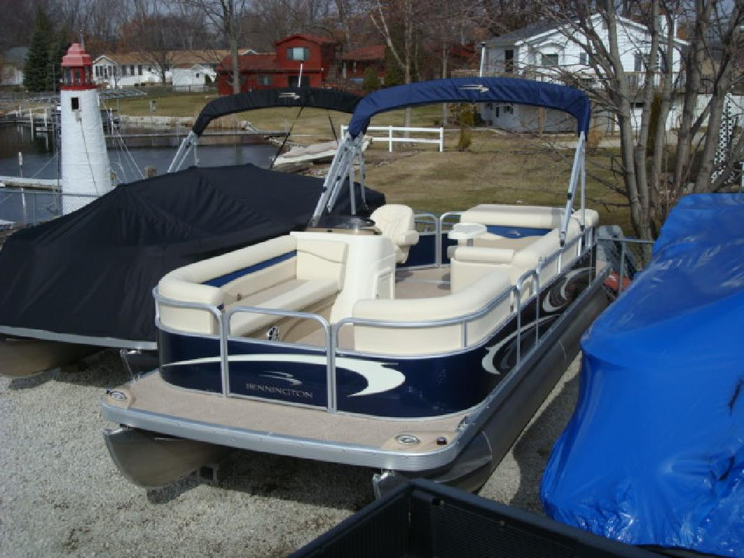 2011 21' Bennington Marine LLC S Series 22 SLi