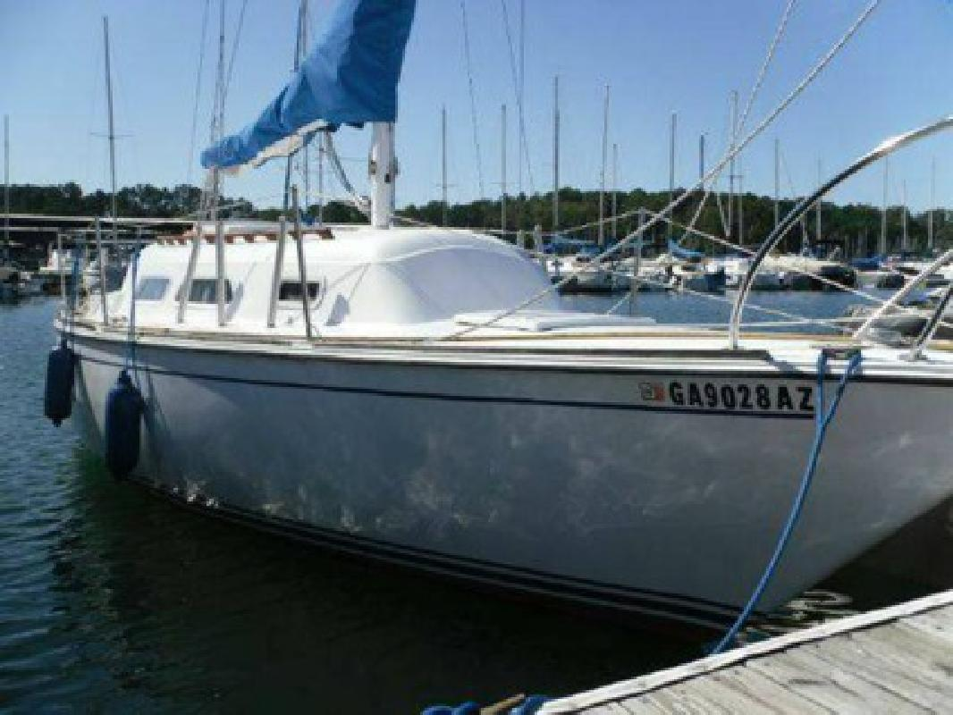 $6,500 O'Day 27' Sailboat