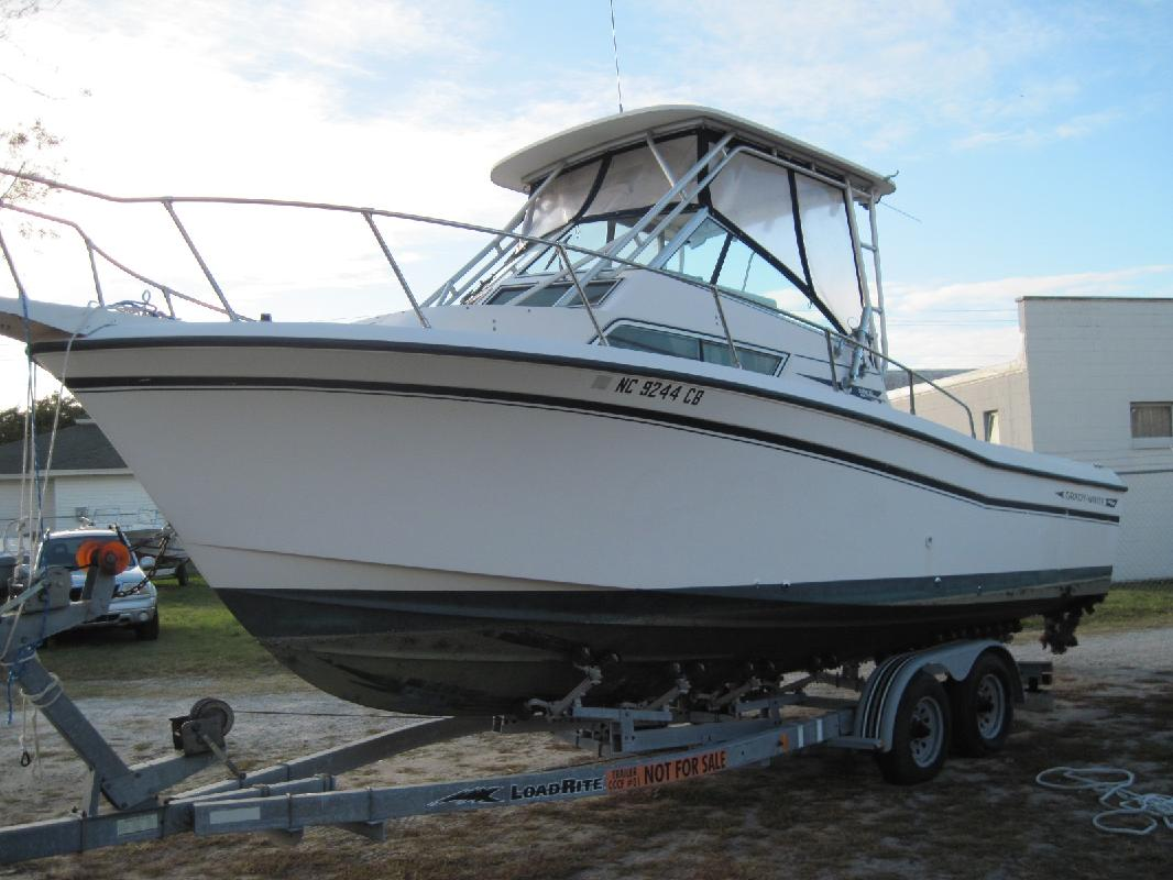 1992 26' Grady-White 25 SAILFISH SPORT BRIDGE for sale in Morehead