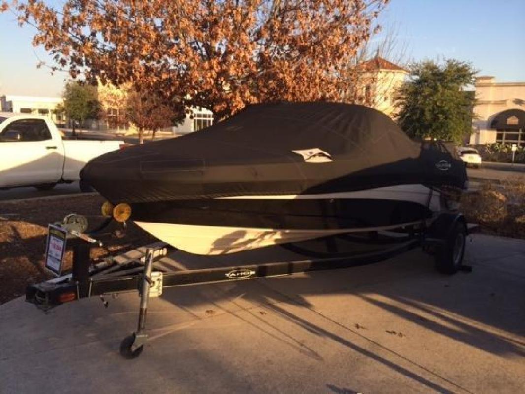 2009 Tracker Q5i San Antonio TX