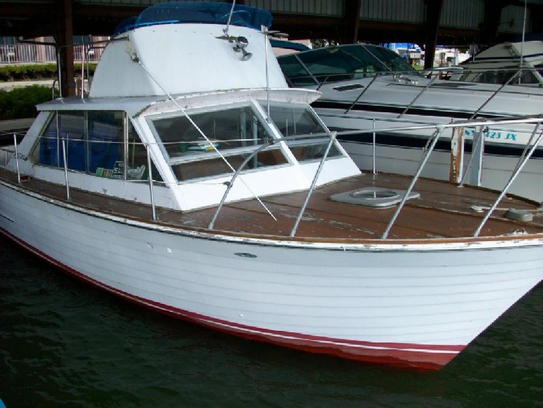 1967 30' Chris-Craft Sea Skiff in Alexandria Bay, New York