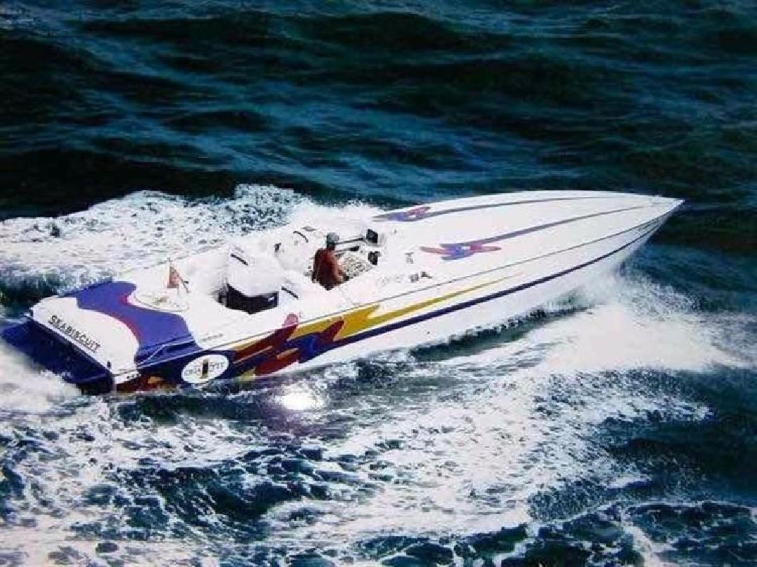 1993 CIGARETTE Seabiscuit FL