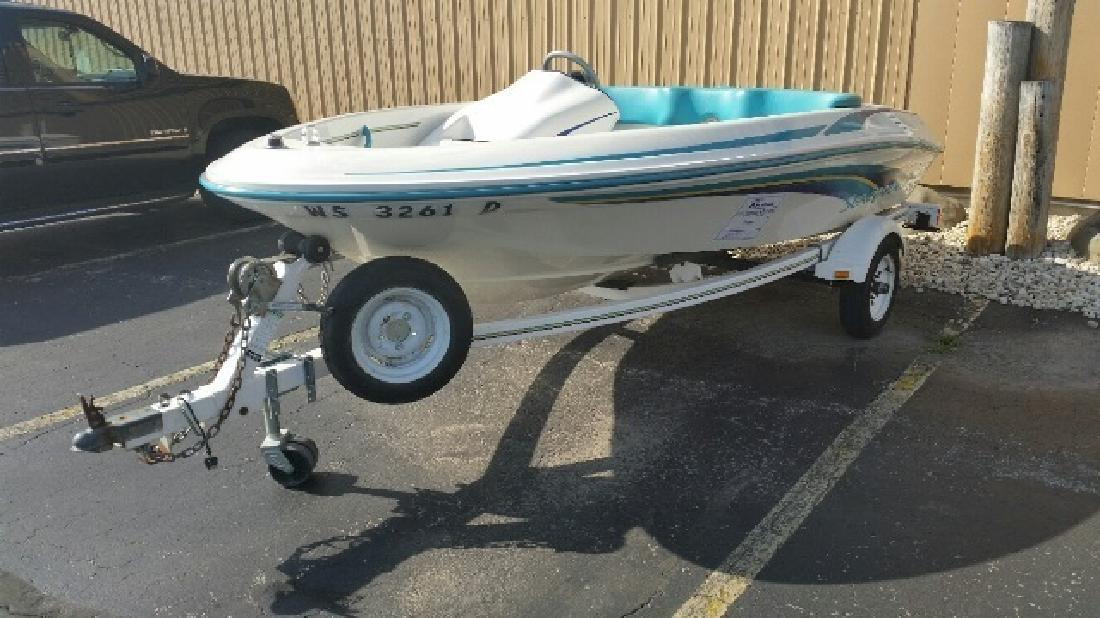 1994 Sea Ray Boats SEARAYDER Pewaukee WI for sale in