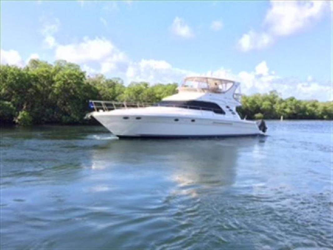2000 Sea Ray Boats 560 Sedan Bridge Delray Beach FL
