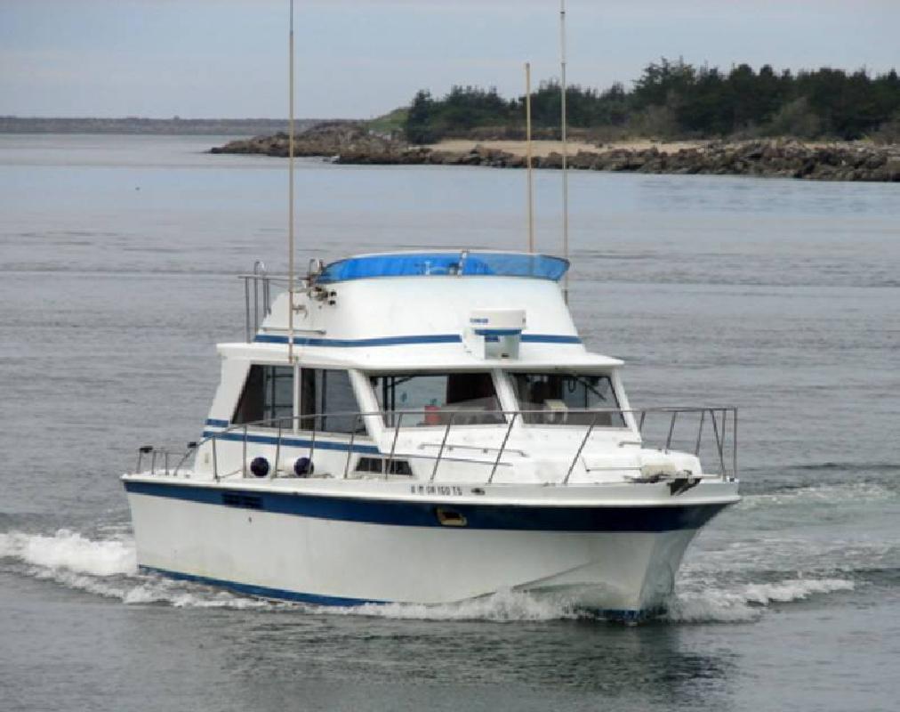 Motor cruiser for sale in portland oregon all boat listings com