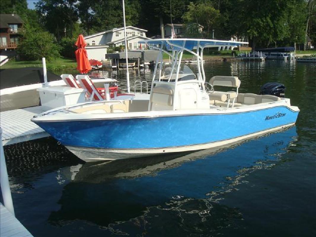 2016 NauticStar Boats Legacy Series 2302 Syracuse IN