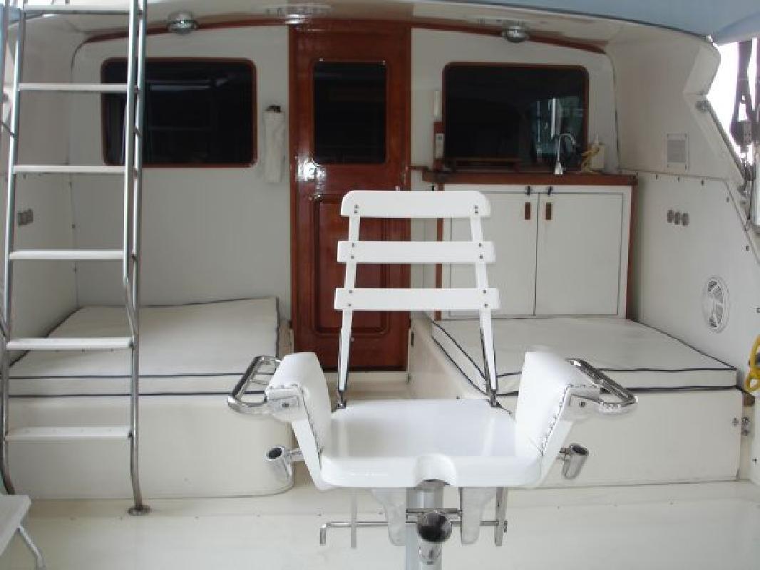 1980 33' Bertram Yachts SF, 440hp YANMARS!