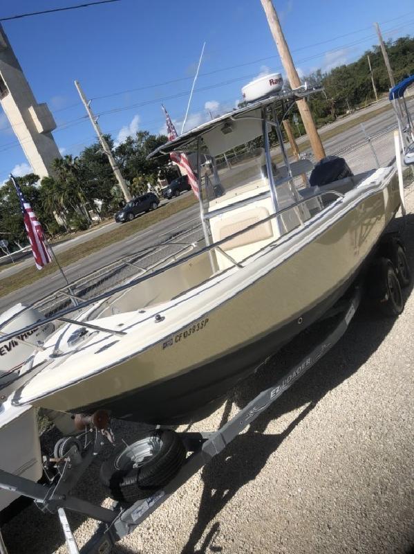 2002 - Scout Boats - 235 SF in Key Largo, FL
