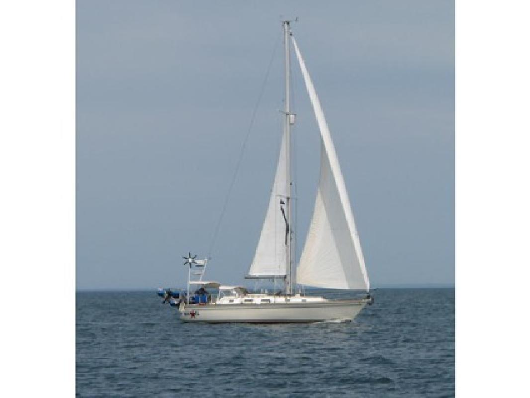 $91,000 1990 Pearson 39 - Shoal Draft Wing Keel for sale in