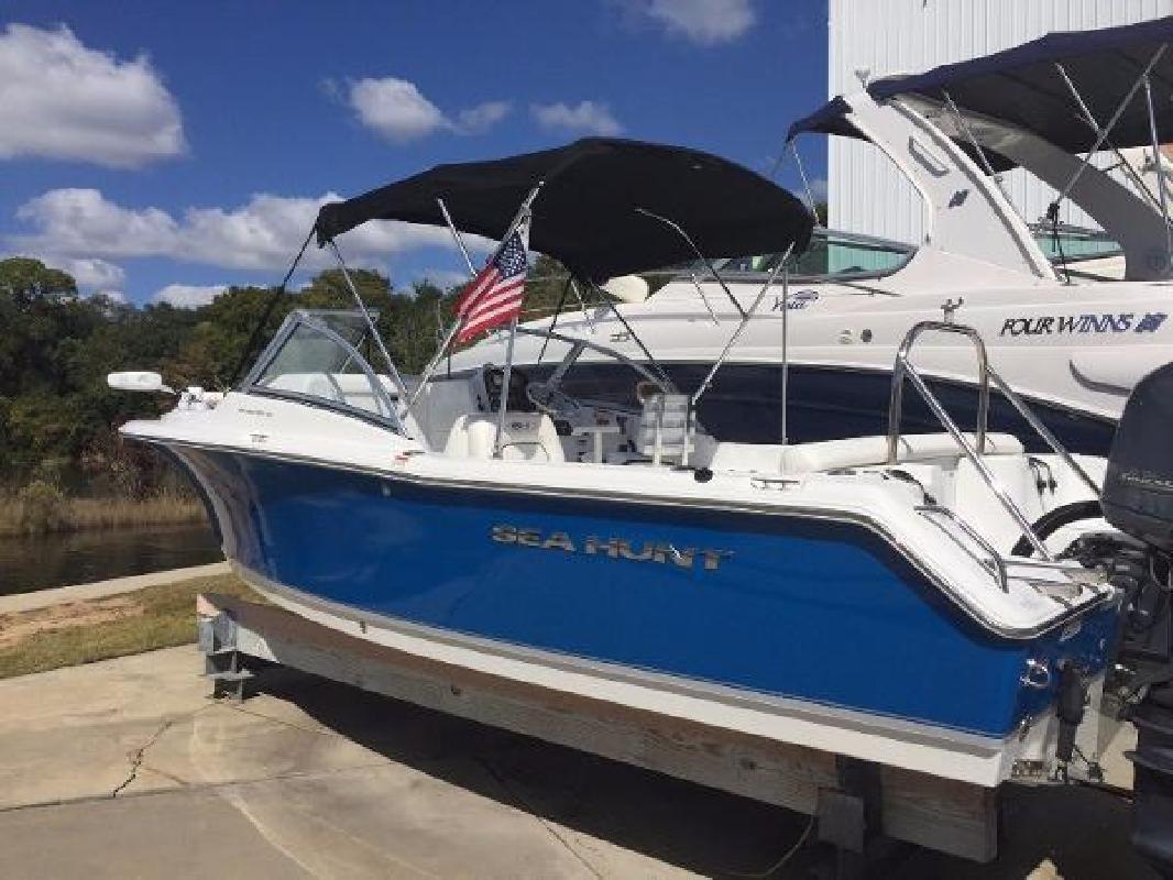 2014 Sea Hunt 211 ESCAPE Gulf Shores AL in Destin, FL