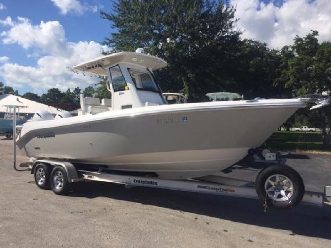 2014 Everglades 255 Center Console Gulf Shores AL in Destin, FL
